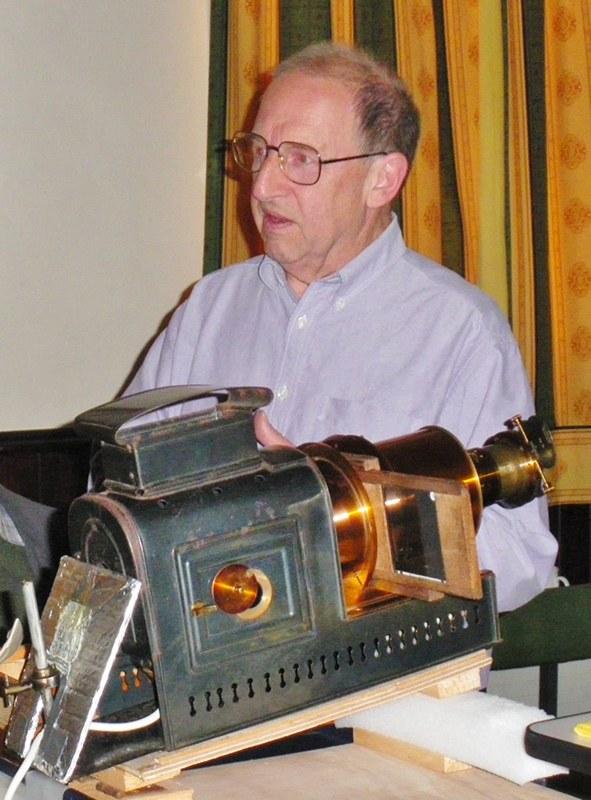 Gordon Hallas and his epidiascope